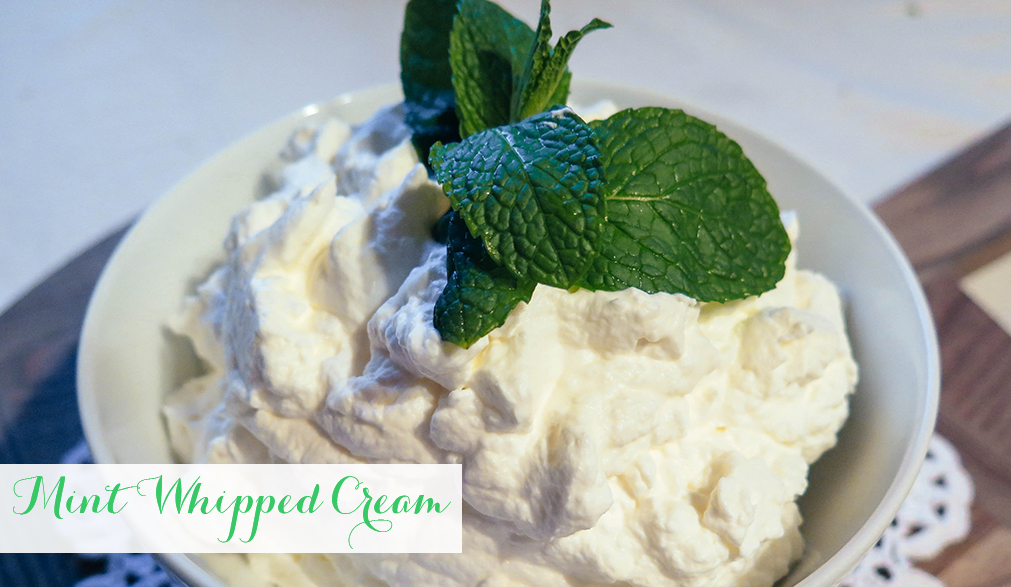 how to make homemade whipped cream with heavy whipping cream
